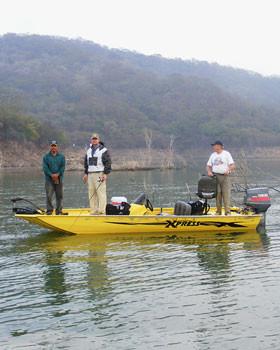 comedero bass fishing boats